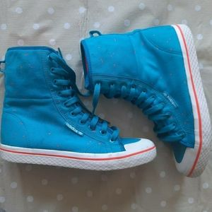 High top sneakers ADIDAS the coolest!